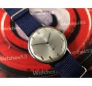 Titan Wonderful vintage swiss watch hand winding 17 rubis