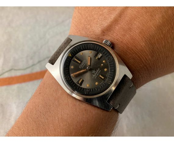 DUWARD AQUASTAR Reloj DIVER suizo vintage automático Cal. AS 1902/03 200 MÈTRES Ref. 1903 *** PRECIOSA PÁTINA ***